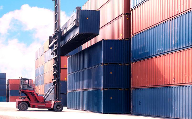 Descarregamendo Containers de Navio